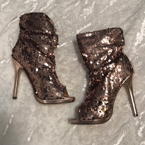 aceb51660fa Rose gold sequin booties